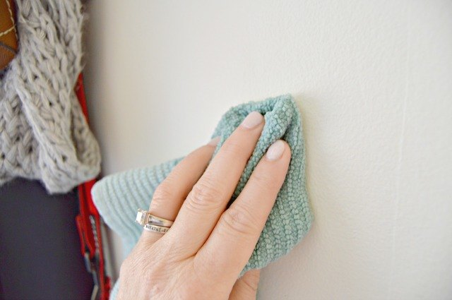 Homemade Cleaning Solution For Walls Ehow