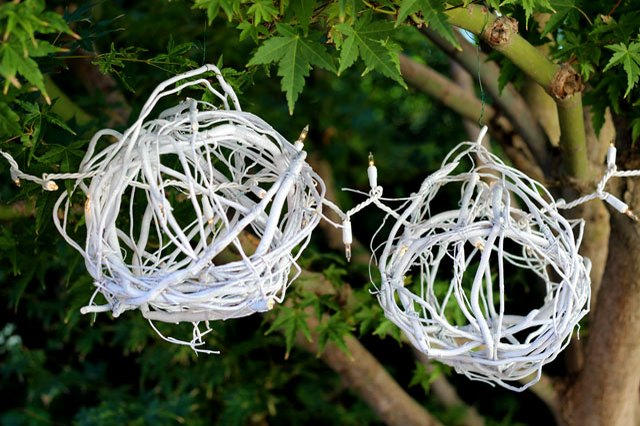 These Beautiful DIY Willow Twig Balls Are Perfect Holiday