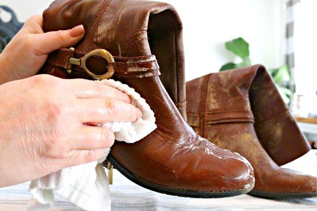 W kilka minut odświeżysz skórzane buty. Zimowe obuwie będzie jak nowe!