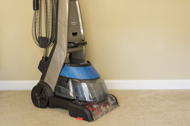 How To Make Homemade Cleaner For Carpet Cleaning Machines Ehow
