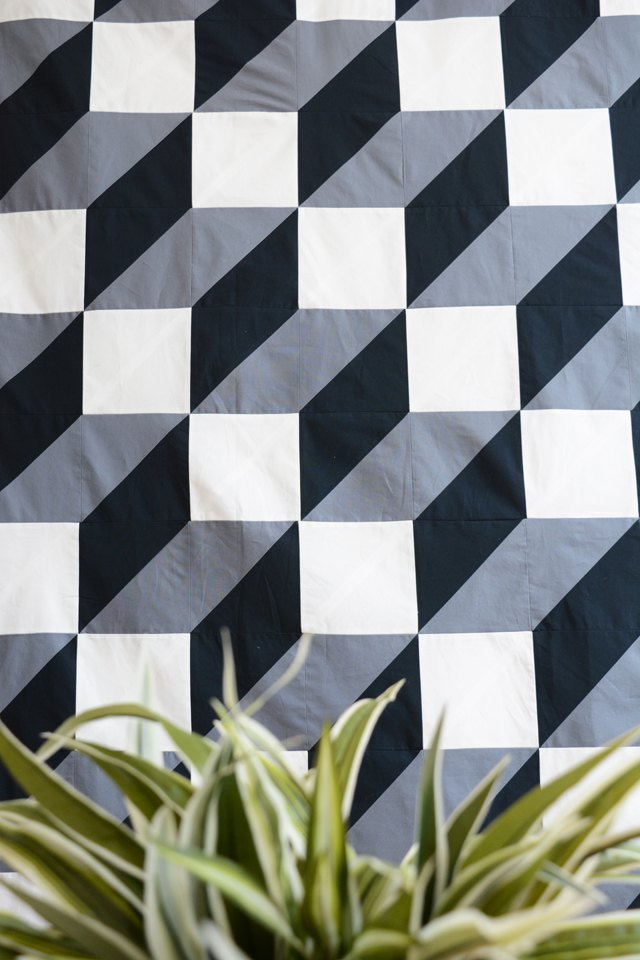 How To Make A Modern Geometric Quilt To Hang On Your Wall