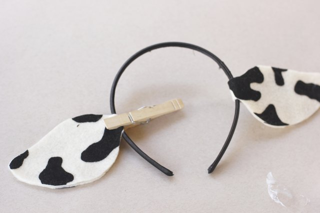 How To Make Cow Ears With Pictures
