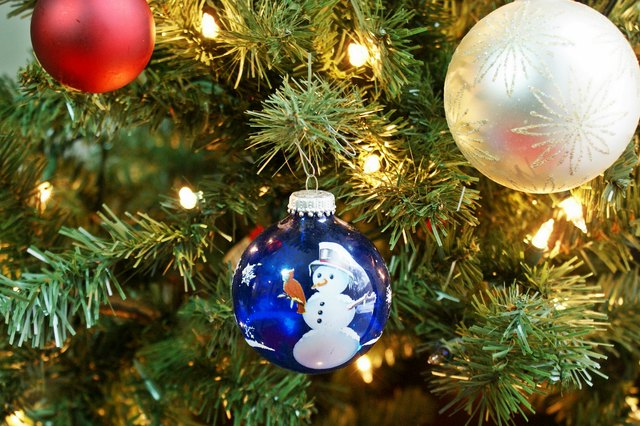 ... so you don't have to. Even if you've lost the instructions for your prelit  Christmas tree, putting it together and plugging it in is mostly intuitive. - How To Plug In A Tree That Already Has Christmas Lights EHow