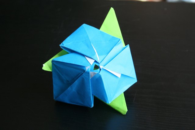 How to Make an Origami Magic Rose Cube (with Pictures) | eHow