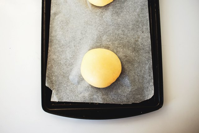 Leave enough room for the brioche buns to rise individually.