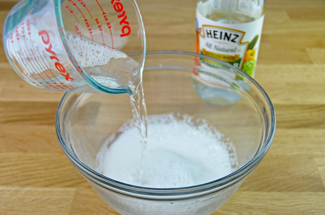 Easy To Make Homemade Kitchen Cabinet Cleaner Ehow