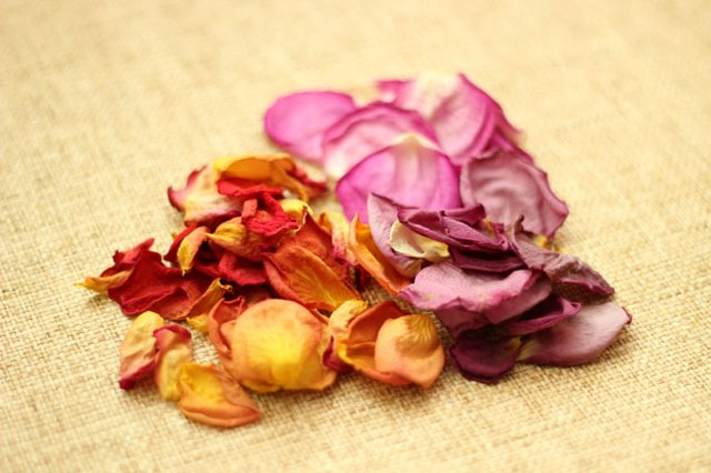 Dried flowers are the foundation of potpourri