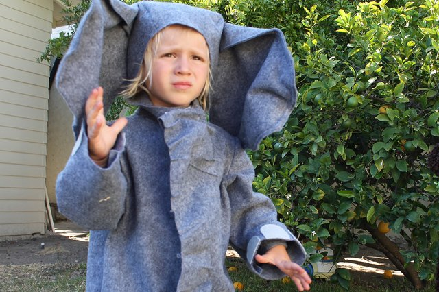 Learn how to make ears with shapeable wire.
