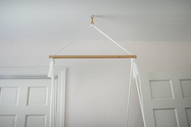 Hang chair from ceiling