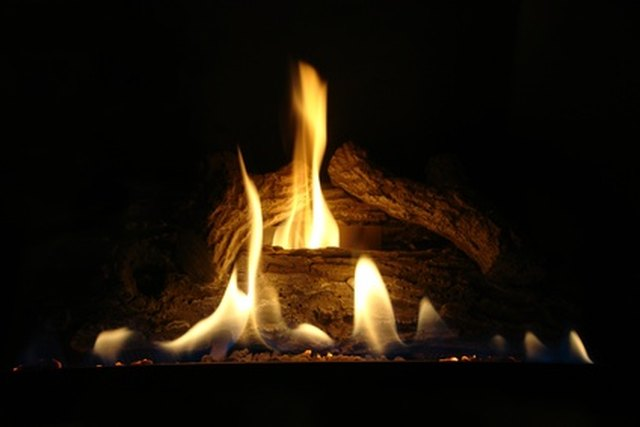A Hearthstone Fireplace Can Be Cleaned With White Distilled Vinegar