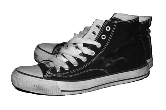Clean Chuck Taylors easily by following a few simple steps.