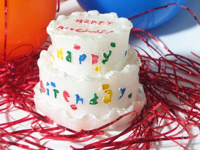 Illuminate The Birthday Cake With 17 Candles