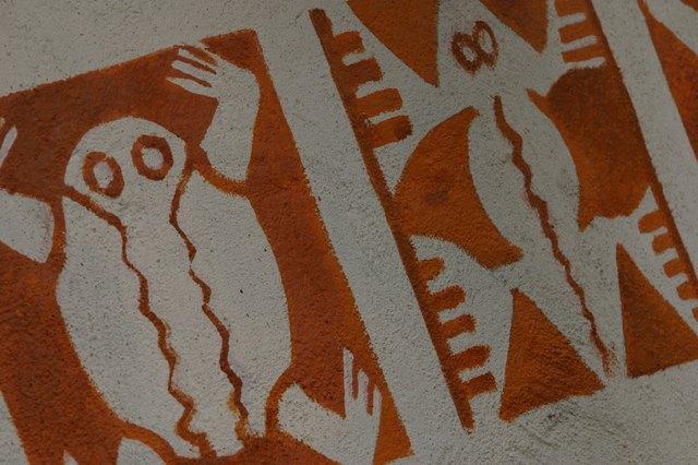 Parchment Paper vs  Wax Paper for Stencils | eHow