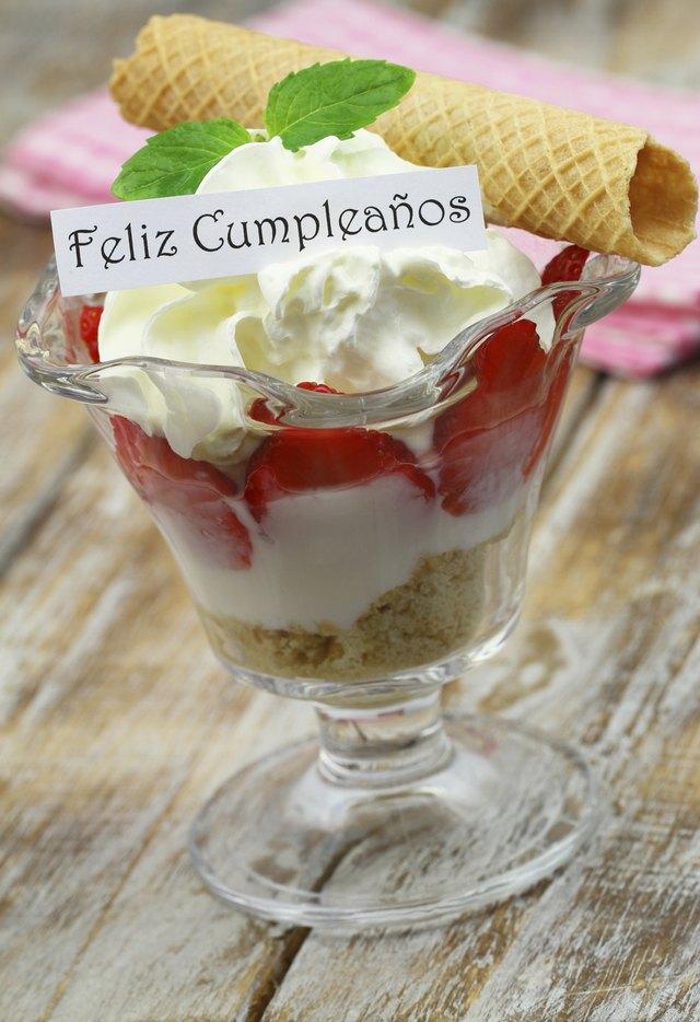 Поздравительная открытка на испанском языке с днем рождения