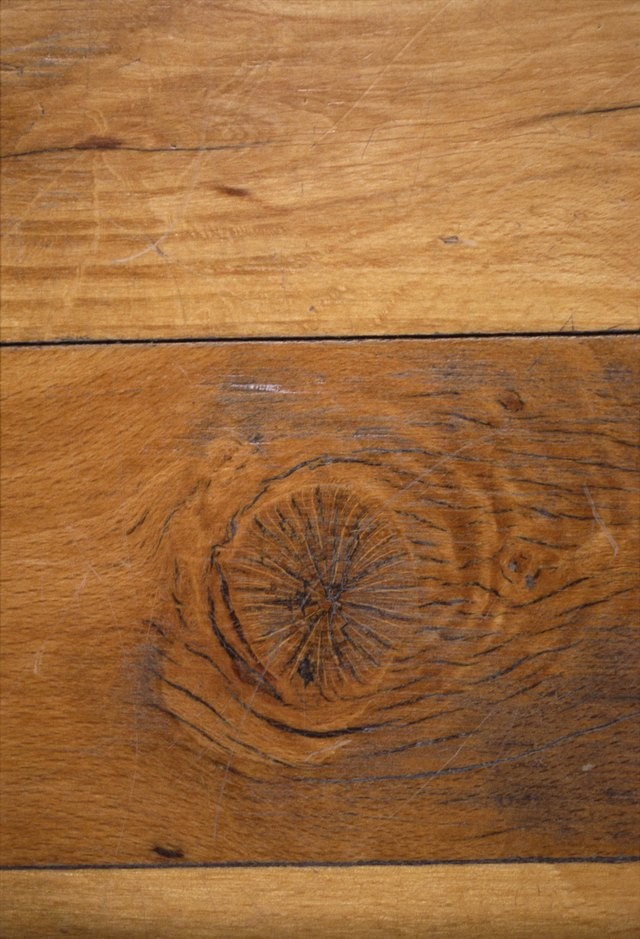 Your Wood Floor Can Be Protected With Polyurethane
