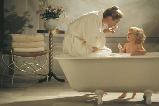 Classic Claw Foot Tubs Are Typically Made Of Porcelain Enameled Cast Iron.