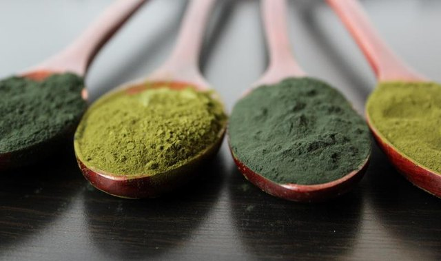 Spirulina offers protein, copper and iron for healthy, glowy skin.