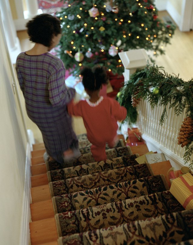 A typical carpet runner is placed from the top to the bottom of a staircase.