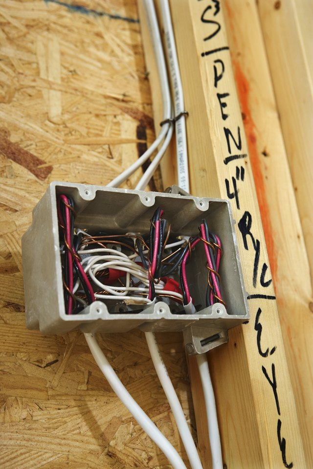Pleasing How Often Do I Need A Junction Box When Wiring A Room Ehow Wiring Digital Resources Anistprontobusorg