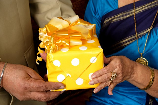 Suggested Creative Gifts For 50th Wedding Anniversary Ehow