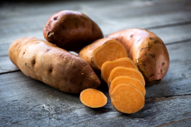 Raw sweet potatoes for muscle building diet
