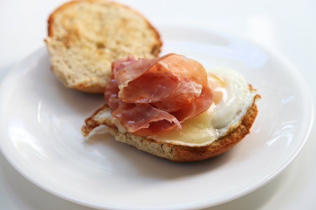 Gouda,prosciutto and egg breakfast sandwich