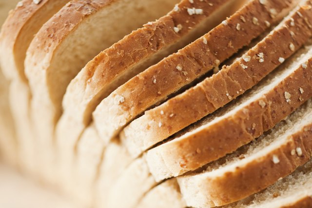 Sliced bread, close-up