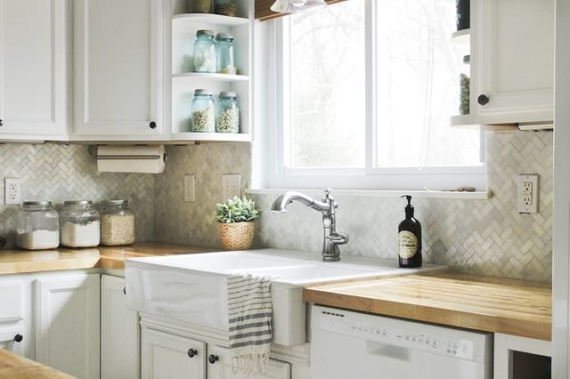 How to install a kitchen tile backsplash.