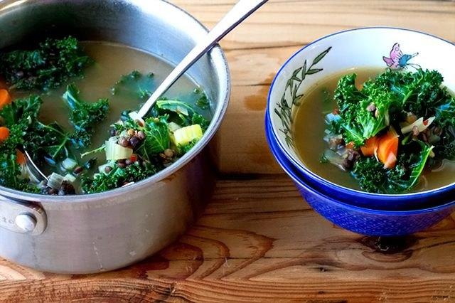 French Lentil & Kale Soup