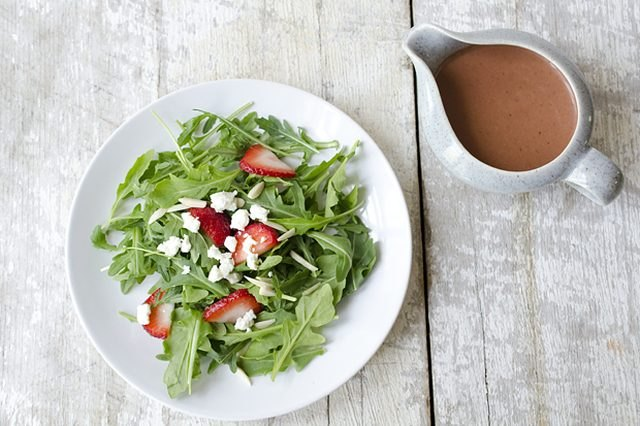 arugula salad with strawberry vinaigrette