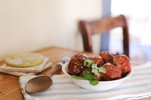 bowl of BBQ meatballs