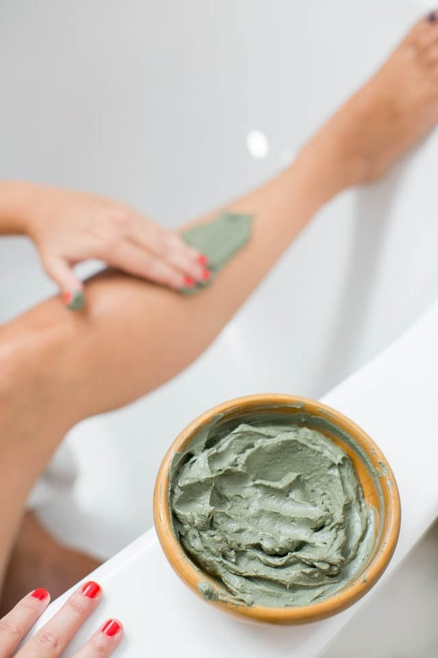 How to Make a Body Wrap Slimming Gel