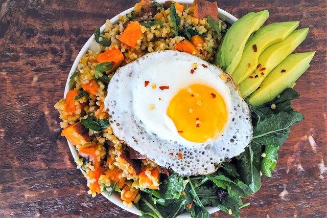 Kale, Sweet Potato, and Freekeh Breakfast Superfood Bowl