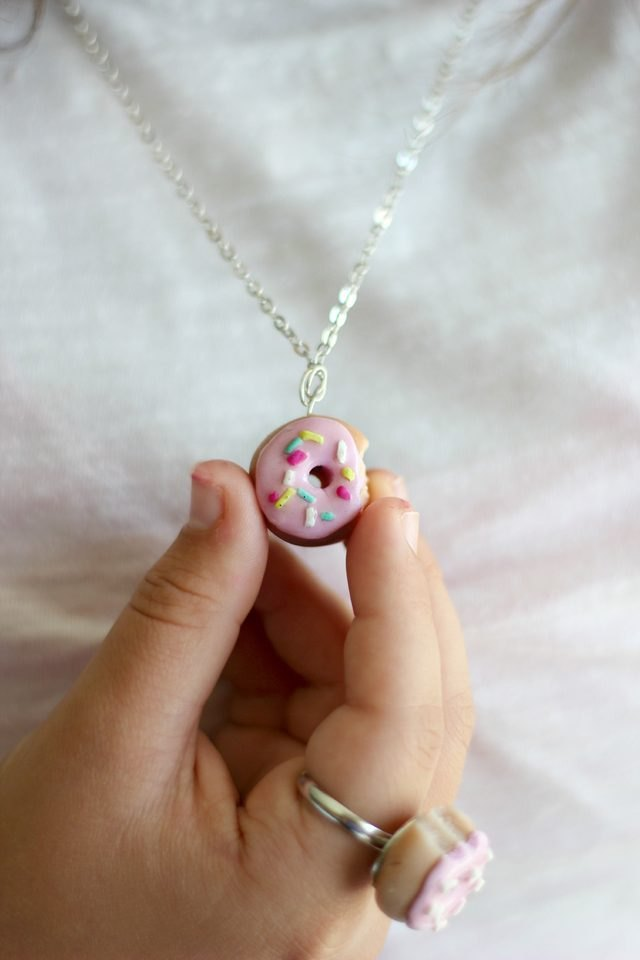 Doughnut charm necklace.
