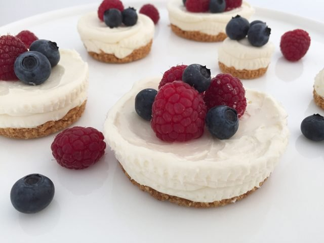 Individual pieces of easy, no-bake cheesecake.