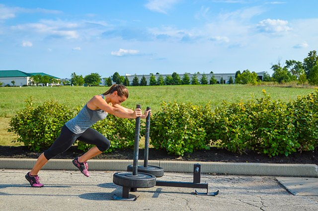 woman doing the Prowler push