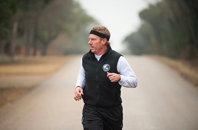 HGTV host Chip Gaines out on a run in Texas
