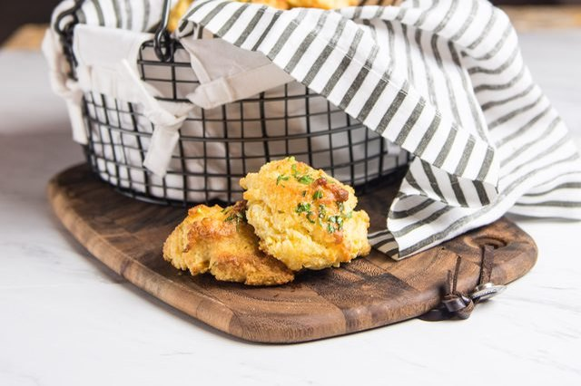 Red Lobster's Cheddar Biscuits Recipe