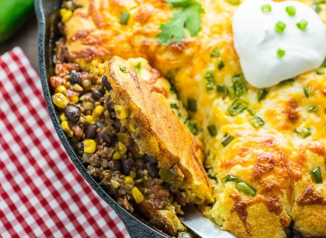 Close up image of a chile tamale pie with cornbread crust
