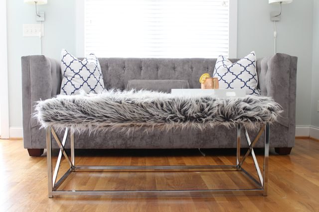 How to upholster a coffee table