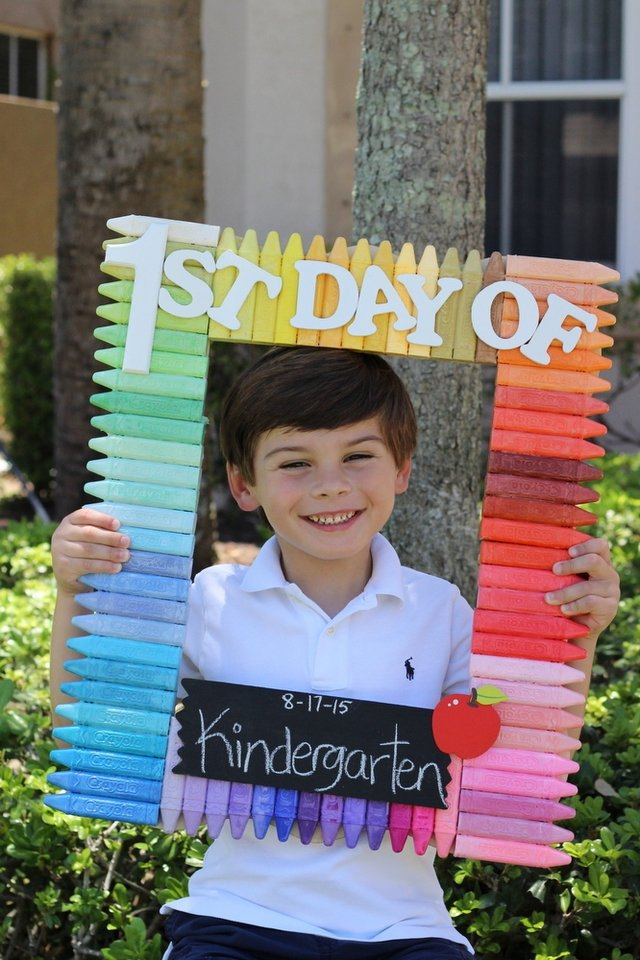 Photo frame prop made of crayon chalk