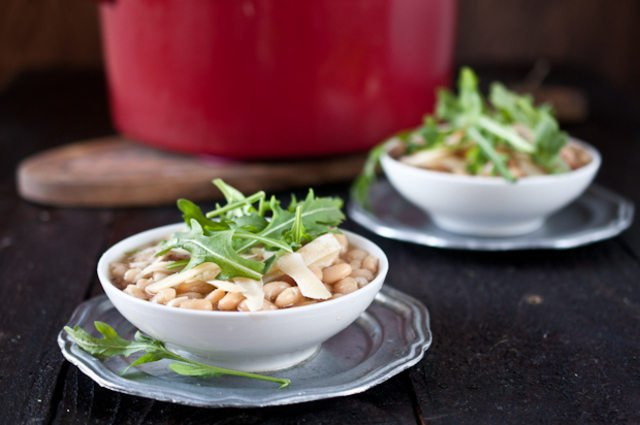 bowls of white bean beer & ham soup