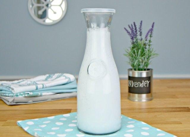 Easy & Inexpensive Liquid Fabric Softener Tutorial