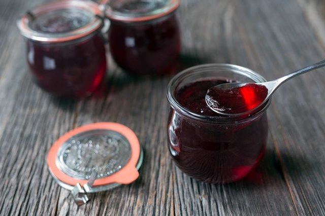Homemade pomegranate champagne jelly