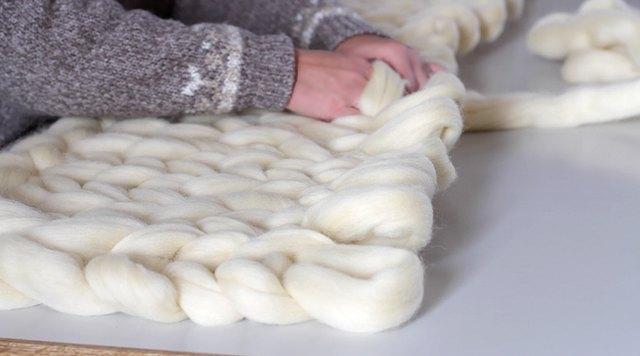 DIY Hand-Knit Blanket