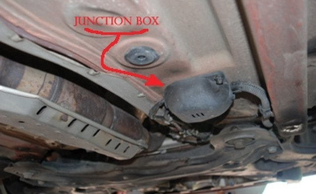 How to Change the Oxygen Sensor on a VW Beetle | It Still Runs