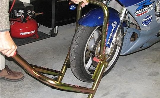 How to Use Front and Rear Motorcycle Stands | It Still Runs