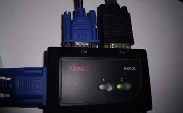 how do i hook up a kvm switch