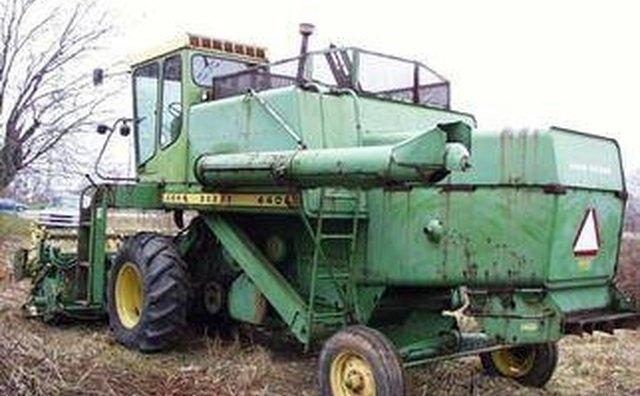List of Top Combine Harvester Manufacturers | It Still Runs