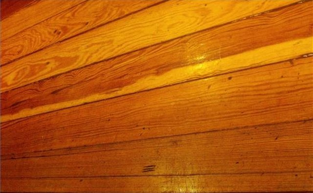 An example of pinewood flooring